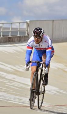 Ratapyöräilyn SM-kisojen pisteajossa. Kuva ©Jari Ollila